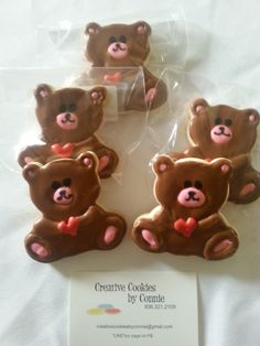 Located in near The Woodlands Tx. Custom decorated individually designed cookies. HEART BEARS Email:creativecookiesbyconnie@gmail.com