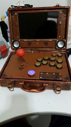 My suitcase steampunk arcade! Arcade Game Machines, Arcade Machine, Arcade Games, Steam Punk, Arcade Bartop, Diy Arcade Cabinet, Arcade Stick, Retro Arcade, Space Invaders
