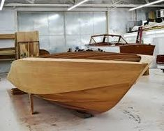 how to build a timber speed boat - Google Search #BoatbuildingShops #howtobuildaboat