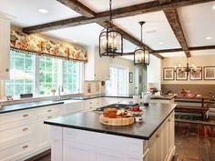Искусственные деревянные балки - привлекательное и простое решение для каждого дома