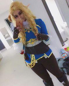 The Legend of Zelda: Breath of the Wild Princess Zelda Cosplay Costume Cosplay Outfits, Cosplay Ideas, Cosplay Costumes, Costume Ideas, Video Game Cosplay, Legend Of Zelda Breath, Blue Apron, Decorated Shoes, Halloween 2020
