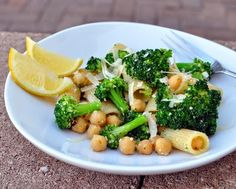 Broccoli Rigatoni with Chickpeas & Lemon | lemony, garlicky, cheesy, vegetarian, quick supper, Weight Watchers PointsPlus 8 | Kitchen Parade