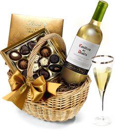 The White Wine & #Chocolate Hamper by Regency Hampers