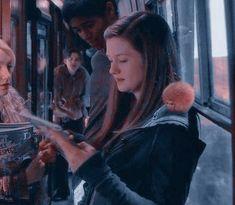 Harry James Potter, Harry Potter Girl, Harry Potter Icons, Mundo Harry Potter, Harry Potter Pictures, Harry Potter Aesthetic, Harry Potter Universal, Harry Potter Characters, Hogwarts