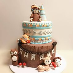 Fondant woodland tribal Cake Topper Set ours amérindien Woodland Cake, Woodland Party, Rodjendanske Torte, Indian Baby Showers, Fox Cake, Fathers Day Cake, Baby Shower Cakes, Baby Shower Themes, Bear Cakes