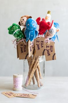 Kids Party Themes, Diy Presents, Balloon Garland, Snacks, Baby Food Recipes, Diy For Kids, Kids Meals, Birthdays, Place Card Holders