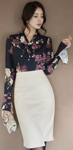 StyleOnme_Asymmetrical Hem High-Waisted Wool Pencil Skirt #white #chic #elegant #feminine #skirt #koreanfashion #kstyle #kfashion #officelook #falltrend #seoul