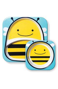 Adorable bee plates
