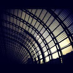 Suivre @luka04 sur #instagram Instagram, Building, Travel, Viajes, Buildings, Destinations, Traveling, Trips, Construction