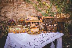 Rincón de quesos boda / Cheese corner wedding. La Boda de I&J, entre castaños.