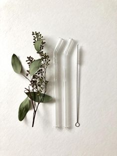 Excited to share the latest addition to my shop: Reusable glass straw / Set of Two / Bent Clear Glass Straws / Eco friendly / Smoothie Straw / Glass Drinking Straw Eco Friendly Cleaning Products, Metal Straws, No Waste, Clean Living, Slow Living, Mindful Living, Sustainable Living, Sustainable Design, Clear Glass