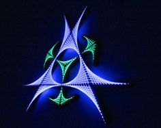 Triangular Sx - arte cadena, geometría sagrada, psychedelic, arte de la pared, decoración casera, mandala, zen, arte 3D, don espiritual, Ultravioleta, luz negra