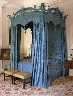 A grand bed, a la Chippendale style. Dumphries House