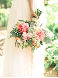 Natural Peach an Rose Wedding Inspirations - photo: Belle and Beau Photography - www.belleandbeaublog.com  Read more: http://www.hochzeitsguide.com/de/styled-shoots/hochzeitsinspirationen-in-pfirsich-und-rosetoenen-von-belle-and-beau-photography#english