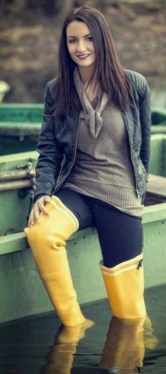 Yellow Wellies thigh waders