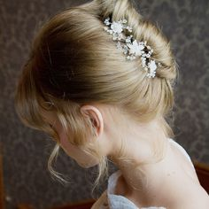 Violet blossoms and sprigs hair pins