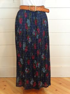 90's accordion floral maxi skirt by BosVintage on Etsy