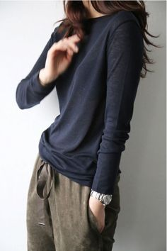 Minimal Fashion Style Tips. Minimal fashion Outfits for Women and Simple Fashion Style Inspiration. Minimalist style is probably basics when comes to style. Tomboy Outfits, Mode Outfits, Casual Outfits, Fashion Outfits, Womens Fashion, Look Man, Look Girl, Looks Street Style, Looks Style