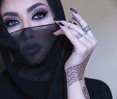 "Helly Luv on Instagram: """"see with your mind hear with your heart"" ✨ #hellyluv #motd Lashes by @hudabeauty in ""Farah"" ✨#brows by @anastasiabeverlyhills in #dipbrow ✨#hudabeautyhennatattoos by @hudabeauty ✨#makeup by my diva @samshehayeb @mounir___erbil ✨#mua #smokeyeye #arabic #arabicmakeup #arabicfashion #middleeast #middleeastfashion #hijab #burka #fashion #beauty #beautyblogger #instastyle #dubai #kurdistan #lebanon #egypt #morocco #vogue #bollywood"""