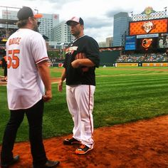 Orioles' Tommy Hunter and country star Lee Brice