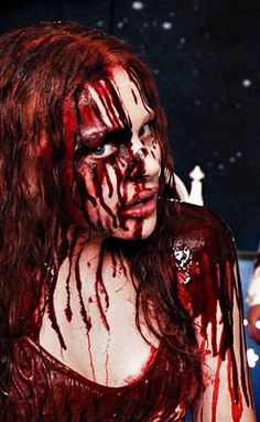 Chloe Moretz as Carrie