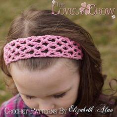 Since I first began crocheting, I've searched for the perfect headband. I've followed dozens of patterns, and tried dozens more of my own.