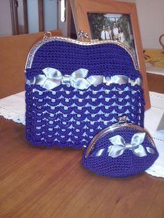 bolso hecho a ganchillo con anillas de latas Coin Wallet, Knit Bag, Coin Purses, So Done, Crocheting, Tejidos