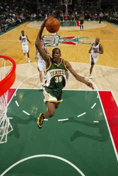 Kevin Durant of the Seattle SuperSonics dunks against the Milwaukee Bucks on March 5 2008 at the Bradley Center in Milwaukee Wisconsin NOTE TO USER...