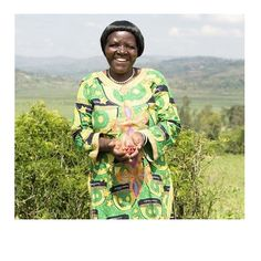 183- the average number of coffee trees owned by each Rwandan coffee farmer, producer, smallholder. 183 plants would on average supply enough coffee for a year for 11 people. (Image: TOMS)  #FabFactFriday #coffeeiseducational #COTM #CoffeeOfTheMonth #Rwanda #MisoziUnion #Fairtrade #FairtradeFortnight #YouEatTheyEat #coffee #caffeine #coffeeaddict #coffeelovers #freshlyroasted #coffeebeans #qualitybeans #zabucoffee #coffeetime #coffeebreak
