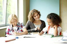 Tipps zum Lernen: Für Grundschüler, Gymnasiasten, Haupt- und Realschüler. Lernplan und Hausaufgabenplaner unterstützen auf dem Weg zu guten Noten. Foto: djd/Studienkreis