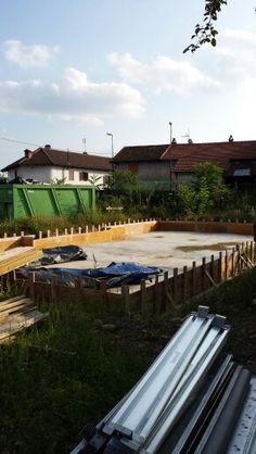 Costruzione della fondamenta-gettata+tutta la carpenteria