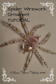 Relaxing Hobby For Women - Hobby Lobby Christmas Pictures - Hobby And Crafts - Wire Spider, Spider Art, Beaded Crafts, Wire Crafts, Christmas Spider, Halloween Christmas, Beading Tutorials, Beading Patterns, Bracelet Patterns