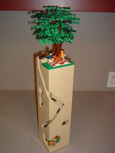 Lego picnic with ants. Lego Tree, Brick Art, Lego Boards, Lego Club, Legos, Lego Lego, Michael S, Lego Blocks, Cool Lego Creations