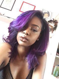 Romantic purple hair, very Nice! Romantic purple hair, very Nice! Purple Hair Black Girl, Dark Purple Hair Color, Purple Hair Highlights, Brown Ombre Hair, Lilac Hair, Ombre Hair Color, Purple Style, Purple Weave, Gray Hair