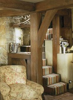 Rose Hill Cottage Surrey England | Here is an interior view of the same wall.
