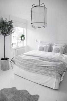 Modern Master Bedroom, Stylish Bedroom, Master Bedroom Design, Minimalist Bedroom, Minimalist Home, Minimalist Interior, Minimalist Apartment, Modern Bedrooms, Bedroom Designs