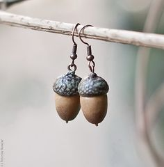 Acorn Earrings  Nature Inspired Rustic by PaciorkyArtStudio, $20.00  Love these autumnal earrings!