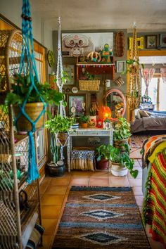 The Most Maximalist Bohemian Home Just Might Be on This Farm in Colorado Boho Home Tour: A Maximalis Bohemian Chic Decor, Bohemian Interior Design, Modern Bohemian, Hippie Bohemian, Vintage Bohemian, Bohemian Style, Interior Bohemio, Maximalist Interior, Hippy Room