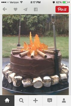 Campfire cake by Belinda of Mini Me Cake Designs Fancy Cakes, Cute Cakes, Crazy Cakes, Beautiful Cakes, Amazing Cakes, Just Desserts, Delicious Desserts, Campfire Cake, Bonfire Cake