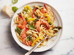 Shrimp primavera pasta