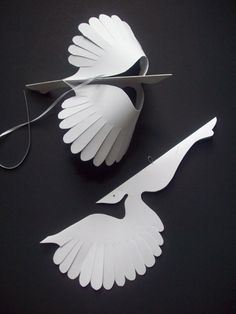 Paper ThingsTwelve White Flying Paper Birds by LorenzKraft on Etsy