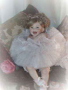 porcelain dolls | Porcelain Dolls I need ideas for a outfit to wear for my Doll costume..