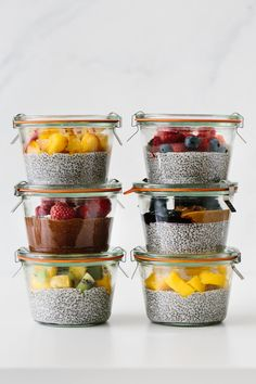 Ready to meal prep some chia pudding? You can make a large batch, freeze it for several weeks and then just thaw as needed! Source: Meal Prep Chia Pudding (Freeze it for Weeks! Healthy Breakfast Recipes, Healthy Snacks, Healthy Eating, Healthy Recipes, Breakfast Ideas, Diet Recipes, Nova Dieta Dukan, Manger Healthy, Vegan Recipes