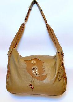 Tote  bag beige / khaki with bird motif. by AggiStudioCreative