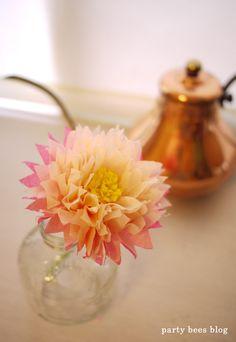お花 Diy Kiddie Party Ideas, Tissue Paper Crafts, Giant Paper Flowers, Diy Party Decorations, Paper Lanterns, Flower Making, Beautiful Flowers, Diy And Crafts, Crafty
