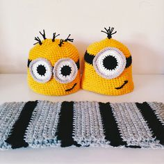 FREE Minions and Gru Scarf pattern! #crochet #halloween #minions #costumes