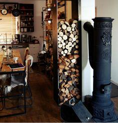 A tűzifa stílusos tárolása. | Atomantique.hu