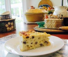 MOM?S FRUIT AND RAISIN BREAD PUDDING  http://greenspotblue.com/recipes/2015/9/21/moms-fruit-and-raisin-bread-pudding