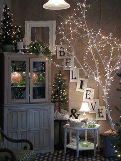 5 ideas decorativas para iluminar la casa en Navidad - https://decoracion2.com/iluminar-la-casa-en-navidad/ #Decorar_Con_Velas, #Guirnaldas_Luminosas, #Iluminación