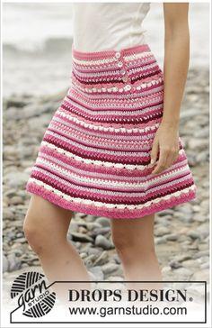 "Berry Ripple – Crochet DROPS skirt in ""Cotton Merino"" with stripes and fan pattern. Size S – XXXL. – Free pattern by DROPS Design crochet skirt Skirt Pattern Free, Crochet Skirt Pattern, Crochet Skirts, Crochet Jacket, Crochet Clothes, Knit Crochet, Crochet Patterns, Free Pattern, Knitting Patterns"